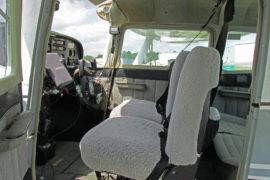 1968-Cessna_C-182_SKYLANE_N71065-Interor