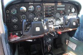 1977-CESSNA--N-735PM-Cabin