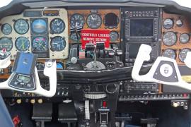 1982-Beechcraft-E55-Baron-N515ES-Cabin