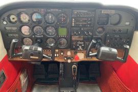 1982 Cessna 172P N64390 Cabin