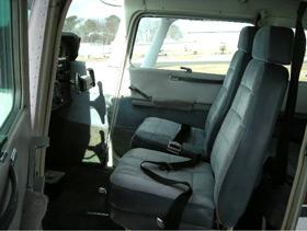 1982 Cessna SkyHawk Seats