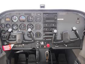 1997 Cessna 172R N – 9767F Cabin