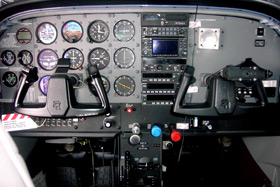 1999 Cessna 182S N7266 Cabin