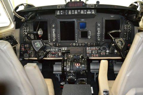2006 King Air 350-N899JF-Cabin