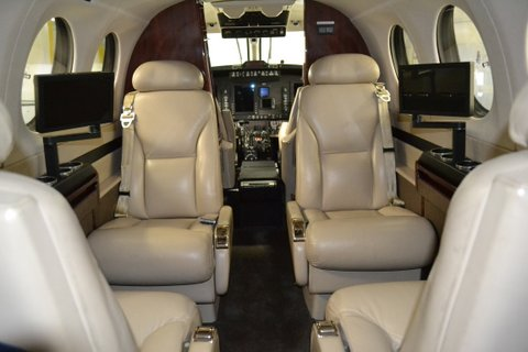 2006 King Air 350-N899JF-Seats