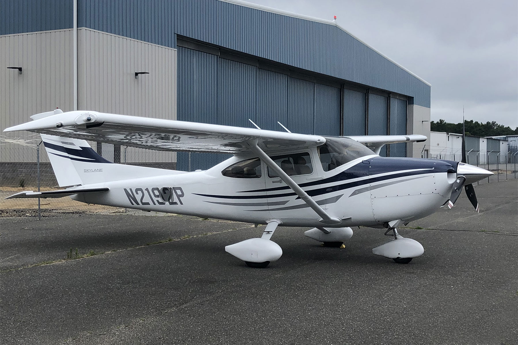 2005 Cessna 182T N2192P 2